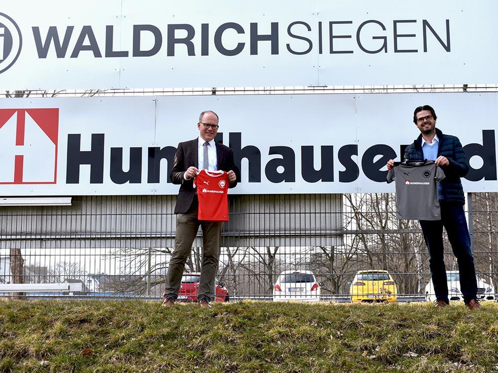 Hundhausen würdigt gute Entwicklung mit Sondersponsoring